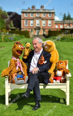 Stock Photo of Collection Of Teddy Bears From Broadcaster And Former MP Giles Brandreth (pictured With Fozzie Bear Sooty Pudsey Nookie Rupert And Paddington Bear) Gifted To Newby Hall Ripon North Yorkshire In A New Permanent Exhibition.   24/5/16.