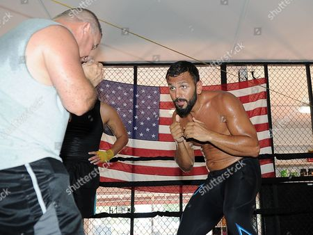 David Haye Is Invited By Joe Fournier Down To Miami 5th Street Gym Where Muhammad Ali Trained. Joe Working It Out Shadow Boxing.