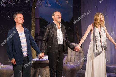 Stock Image of Jonathan Cullen (Erwin), F Murray Abraham (Benjamin Rubin) and Naomi Frederick (Gina) during the curtain call