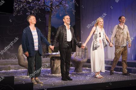 Jonathan Cullen (Erwin), F Murray Abraham (Benjamin Rubin), Naomi Frederick (Gina) and Daniel Weyman (Martin) during the curtain call