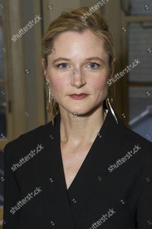 Stock Photo of Naomi Frederick (Gina)
