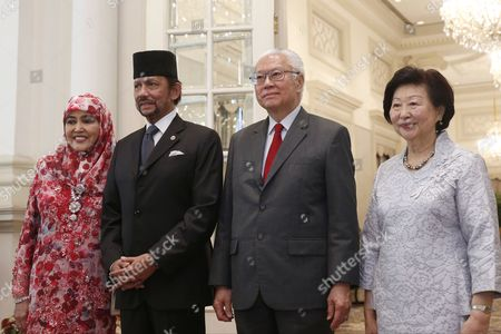 Hassanal Bolkiah, Tony Tan Keng Yam, Pengiran Anak Saleha and Mary Chee Bee Kiang