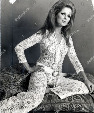 Paulene Stone (pauline Stone) Fashion Model And Former Wife Of Actor Laurence Harvey. Paulene Is Pictured Wearing A Crocheted Jumpsuit
