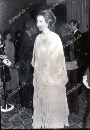 Princess Anne Now Princess Royal - November 1978 In Shimmering Pleaed Dress And Fourt Strand Pearl Choker Princess Anne Swept All Before Her Last Night. She Was The Guest Of Honour (right) At The First Night In London's Leicester Square Theatre Of The Third Film Remake Of John Bucan's Famous Novel The Thirty-nine Steps. Among The Stars She Met Was 22-year-old Karen Dotrice Daughter Of Roy Dotrice. Karen Plays Alexandra Mackenzie Who Helps The Hero Richard Hannay Played By Robert Powell....royalty