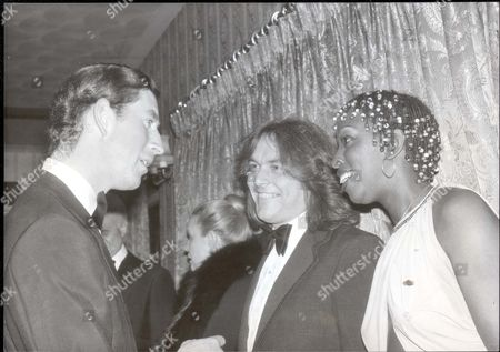Prince Of Wales Jul-dec 1978 The Prince Of Wales As Patron Of The National Ski Federation Attends A Dinner/cabaret At The Lakeside Country Club Frimley Green Surrey. Prince Charles Madeline Bell American Singer And Husband Bob Collins. ...royalty