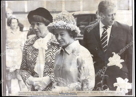 Queen Elizabeth II Silver Jubilee Celebrations. Queen In Leeds On Her Silver Jubilee Tour Of South Yorkshire 13th July 1977. H.m. The Queen Arrives At Elland Road Football Ground With Lord And Lady Harewood.