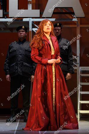 Rebecca Bottone (Giunia)