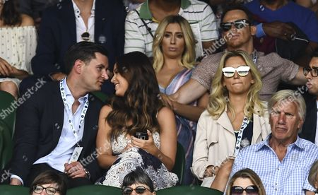 Vicky Pattison and John Noble (l) with Stacey Solomon and Joe Swash sitting behind
