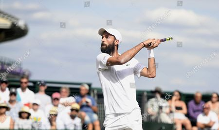 Benoit Paire of France in action against Jerzy Janowicz of Poland during their third round match for the Wimbledon Championships at the All England Lawn Tennis Club, in London, Britain, 07 July 2017.