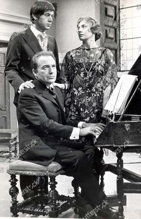4 June 1969 Italian Actor Rossano Brazzi (dead 12/94) Seated At The Piano With Peter Egar And Amanda Murray.