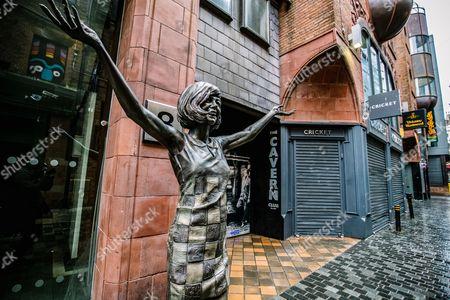 Cilla Black statue outside the Cavern Club