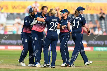 England win - Jenny Gunn of England celebrates the win with Katherine Brunt of England after Australia failed to hit a six off the last ball during the ICC Women's World Cup match between England and Australia at the Bristol County Ground, Bristol