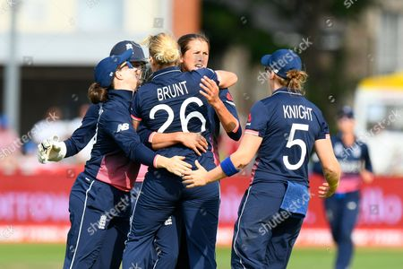 Wicket - Jenny Gunn of England celebrates taking the wicket of Ashleigh Gardner of Australia with Katherine Brunt of England who took the catch during the ICC Women's World Cup match between England and Australia at the Bristol County Ground, Bristol
