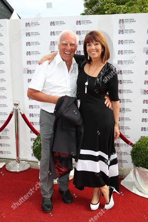 Franz Roth mit Lebenspartnerin Helena von Sarkozy,.