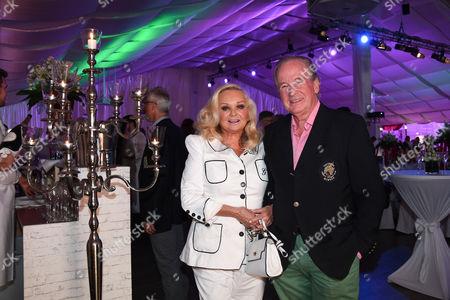 Max Schautzer mit Ehefrau Gundel,.
