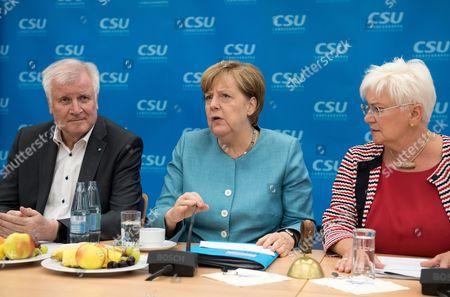 Horst Seehofer, Angela Merkel and Gerda Hasselfeldt
