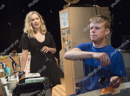 Amy Morgan as Dee, Matthew Aubrey as Sam