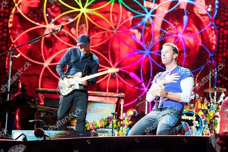 Coldplay - Jonny Buckland and Chris Martin