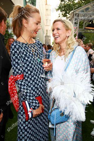Stock Picture of Esther Seibt and Tamara von Nayhauss