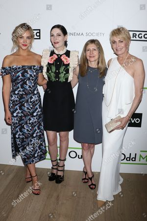 Stock Photo of Abby Elliott, Jill Kargman, Frances Berwick and Joanna Cassidy