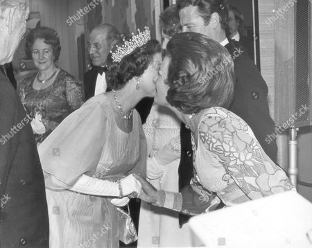 The Queen Elizabeth II Opens The New Hq For New South Wales In The Strand. Pix Shows; The Queen And Lady Pamela Hicks.