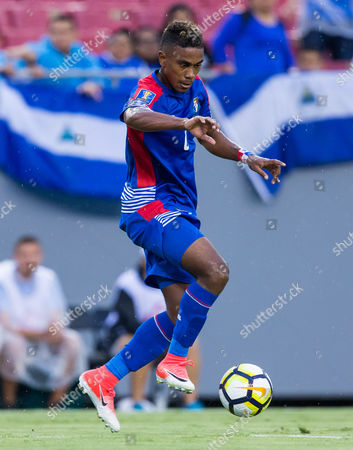 Panama midfielder Edgar Yoel Barcenas (8) in action in a Group B match during the CONCACAF Gold Cup game between the Panama National Team and the Nicaragua National Team at Raymond James Stadium, Tampa, Florida, USA