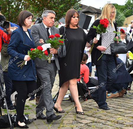 (l To R) MP Lucy Powell MP Geoff Smith MP Paula Sherriff And MP Karen Rawlins And Lay Flowers Near The Scene Of The Attack In Birstall West Yorkshire Where Jo Cox MP Was Killed.-17/6/16.