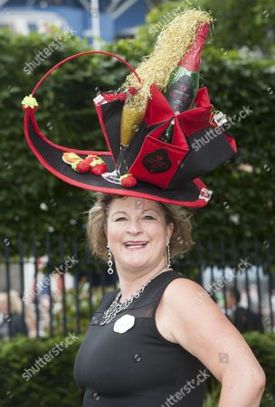 Lara Grylls Sister Of Bear Grylls At Royal Ascot Ladies Day For Richard Kay.Daily Mail.