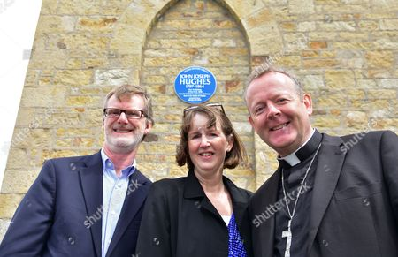 American Counsel General of NI Daniel J Lawton, Mrs Paula Hawkins and the Archbishop of Armagh Eamon Martin at St Macartan's Church for the unveiling of a blue plaque from the Ulster History Circle at St Macartan's Church for the first Archbishop of New York John Joseph Hughes who preached at the Church on January 6th 1846 and who went on to found St Patricks Cathedral on 5th Avenue, New York