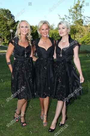 Kristina Bach mit Astrid Soell and Kriemhild Siegel,