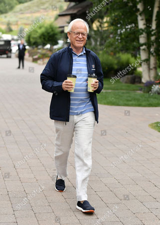 Stock Image of Martin Indyk, VP of the Brookings Institution