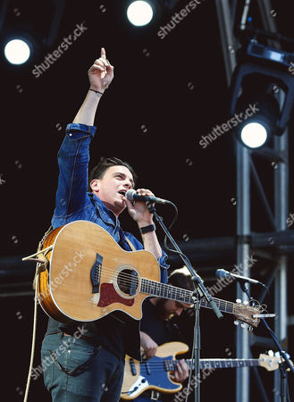 Stock Photo of David Dunwell of The Dunwells performs at Sixways Stadium