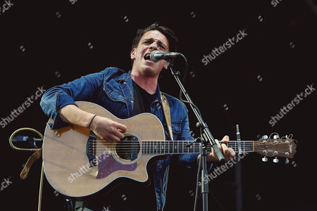 Stock Picture of David Dunwell of The Dunwells performs at Sixways Stadium