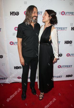 Robert Russell, Lisa Edelstein