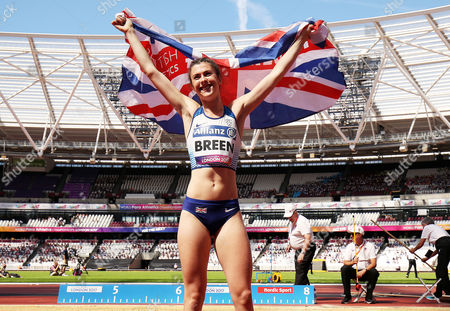 Olivia Breen of Great Britain celebrates winning gold in the Womens Long Jump T38.