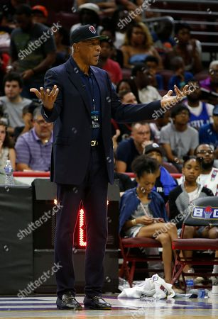 Tri State coach Julius Erving questions a call during a game against 3's Company during in the BIG3 Basketball League in Philadelphia, Pa