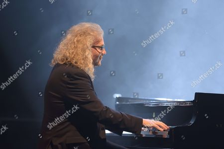 Hommage personnel a Michel Berger par Christophe Willem et Yvan Cassar (piano)