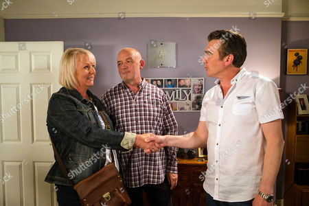Ep 8976 Friday 26th August 2016 - 1st Ep Vinny, as played by Ian Kelsey, calls at No.11 demanding his £65k to get the development project off the ground. He's quick to realise that Phelan plans to screw the money out of Eileen Grimshaw, as played by Sue Cleaver. As Eileen arrives back from Thailand, Phelan, as played by Connor McIntyre, ushers Vinny out of the door.