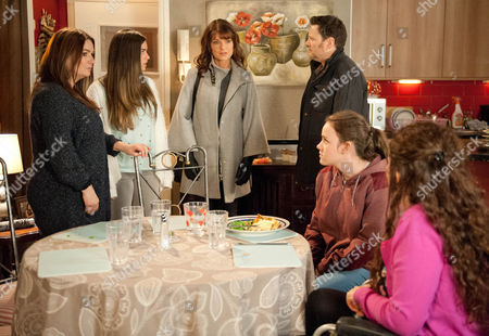 Ep 8573 Monday 9 February 2015 - 2nd Ep Linda, as played by Jacqueline Leonard, pushes her way in and introduces herself. Katy Armstrong, as played by Georgia May Foote, is stunned to realise Linda is her mother. Linda's shocked to see that Izzy Armstrong, as played by Cherylee Houston, is in a wheelchair but Izzy angrily points out that had she not abandoned them, she'd have known. Linda tries to defend herself but seeing how upset the girls are, Anna Windass, as played by Debbie Rush, insists she leaves. Handing Katy her phone number, Linda heads to the door, accusing Owen of lying to the girls and letting them believe she didn't want anything to do with them. Knowing she's right, Owen conceals his guilt. Is Linda about to blow his family apart?