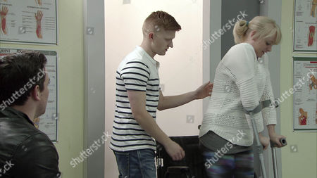 Ep 8624 Friday 24 April 2014 - 1st Ep In the hospital, urged on by Sam, as played by Peter Mitchell, Sinead Tinker, as played by Katie McGlynn, walks a few steps with the aid of crutches. Witnessing their bond Chesney Brown, as played by Sam Aston, feels a pang of jealousy. But when Clive Jackson tells Sinead she's ready to return home, it's Chesney that Sinead hugs with elation.