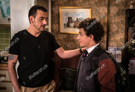 Ep 8685 Thursday 16th July 2015  When Peter Barlow, as played by Chris Gascoyne, drops the Michelle 'Bombshell' McGee on Simon Barlow, as played by Alex Bain, that he's got a new job with a charter boat company working in the Caribbean, Simon's devastated. As Peter heads off to start his new life, Simon takes his anger out on Leanne.