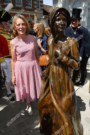Claire Tomalin, Jane Austen sculpture