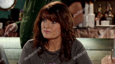 Ep 8593 Monday 9 March 2015 - 2nd Ep Linda, as played by Jacqueline Leonard, takes Izzy Armstong, as played by Cherylee Houston, and Katy Armstrong, as played by Georgia May Foote, for lunch at the bistro and suggests they move to Portugal with her.