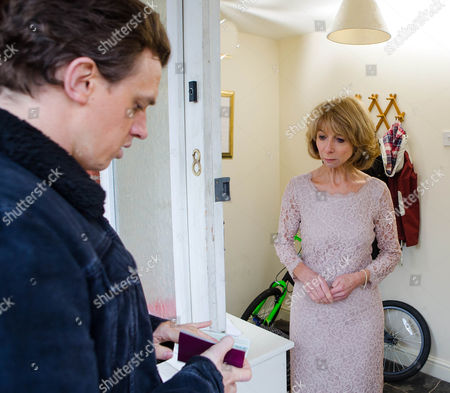 Ep 8592 Monday 9 March 2015 - 1st Ep As Gail McIntyre, as played by Helen Worth, prepares to leave for her wedding, Gavin Rodwell, as played by Mark Holgate, knocks on the door, introducing himself as Gavin, Michael's real son. Gail reels.