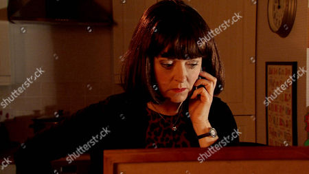 Ep 8648 Wednesday 27 May 2015 Maddie, as played by Amy Kelly, is perplexed to find Jenny Bradley, as played by Sally-Ann Matthew, at No.13 wearing a wig with her bags packed.