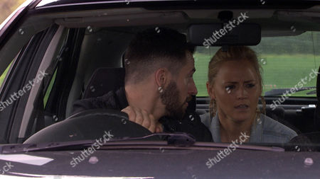 Ep 7558 Monday 18 July 2016  At the roadside, Ross Barton, as played by Michael Parr, struggles to change a flat tyre as Tracy Shankley, as played by Amy Walsh, waits impatiently, devastated to be leaving. Panicking, David Metcalfe, as played by Matthew Wolfenden, goes to Dale View and begs Finn Barton, as played by Joe Gill, to get Ross on the radio. Over the radio, David begs Tracy to hear him out. He pours his heart out, telling Tracy she's brilliant and, as the radio splutters, says he loves her. Tracy doesn't respond. Has David blown it?