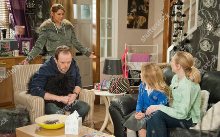 Ep 7173 Monday 4th May 2015 Kerry insists Dan Spencer, as played by Liam Fox needs to stay behind so he can support Sean financially but his heart breaks at the thought of losing Amelia Spencer, as played by Daisy Campbell, who will leave with Ali Spencer, as played by Kelli Hollis, and Ruby. Dan is devastated about telling Amelia he isn't going with them. Ruby explains the move to Rachel Breckle, as played by Gemma Oaten, leaving her hurt Ali never told her. Soon Rachel is on the warpath as Dan's heart breaks.