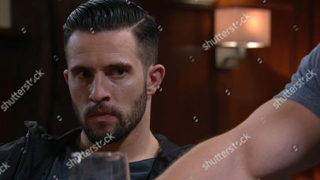 Ep 7227  Monday 6th July 2015  Ross Barton, as played by Michael Parr, and Debbie Dingle, as played by Charley Webb, kiss, arranging to meet up at Dale View, but their plans are ruined when Pete Barton, as played by Anthony Quinlan, tells guilty Debbie he's taking her away for the night. Can Ross contain his jealousy?
