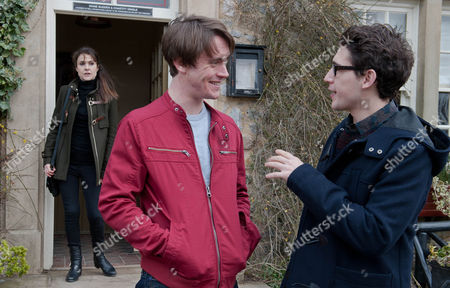 Ep 7130 Friday 13 March 2015 Finn Barton, as played by Joe Gill, tells Darren, as played by Danny Horn, it makes no difference to him that's he's HIV positive and asks him out for a drink regardless. Darren agrees and they go to the pub, sharing a kiss but Emma Barton, as played by Gillian Kearney, sees and is concerned for her son?