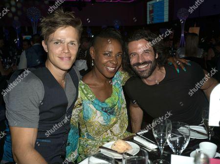 Dan Olsen, Sonique and Christian Vit